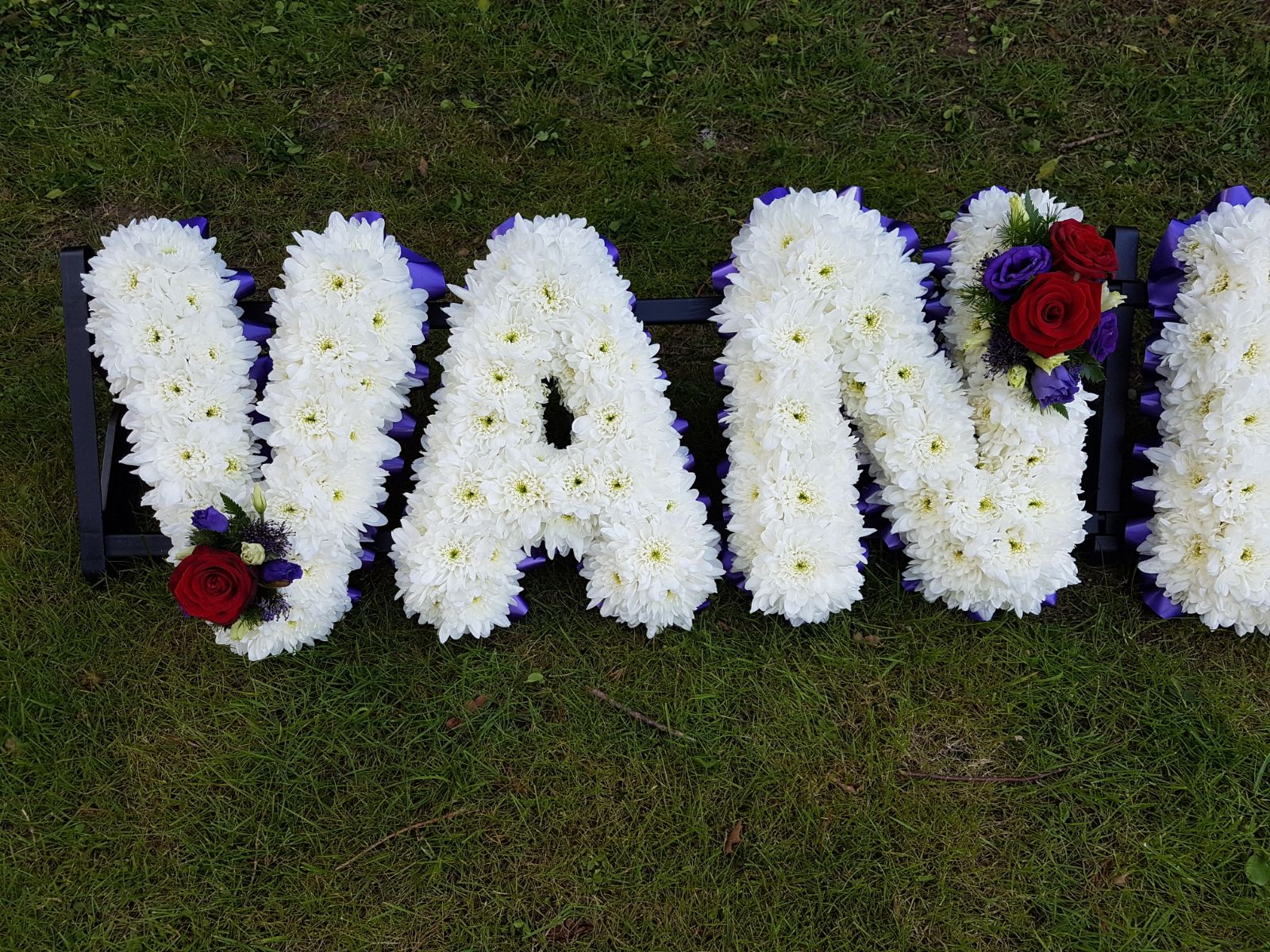 Funeral flowers rickmansworth watford bushey oxhey hertfordshire consultations can be done in the comfort of your own home if you live within 10 miles of kings langley hertfordshire funeral tribute flowers kings langley izmirmasajfo Images